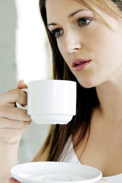 lady-drinking-coffee